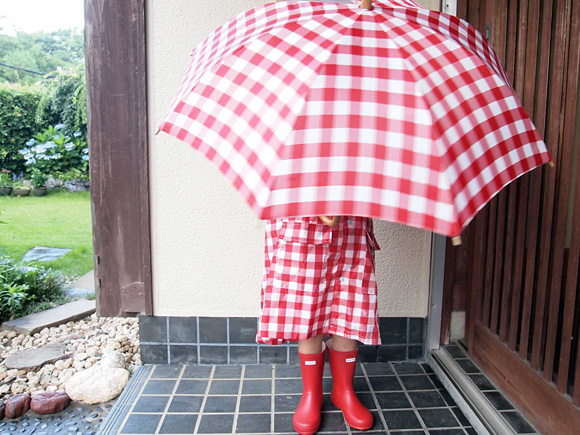 雨の日はあかちゃん1