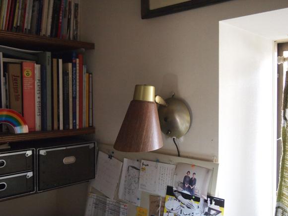 仕事部屋の照明について